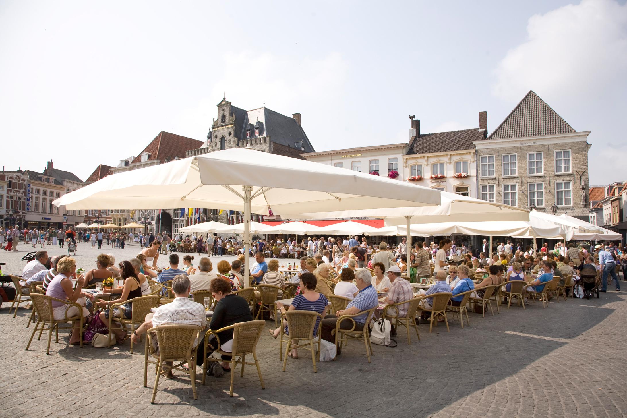 #95593623659372 Win Je Eigen Terras In Bergen Op Zoom! TravelNext betrouwbaar Design Meubels Bergen Op Zoom 2067 afbeelding opslaan 218414562067 Idee