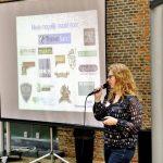 Sanne Bakker spreekt tijdens Travelnext Goes Local