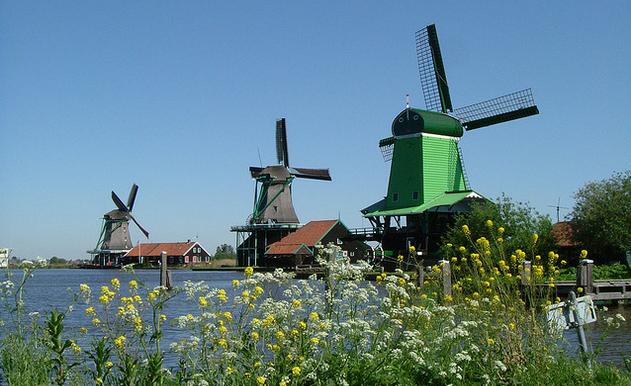 Benchmark cijfers; onderzoek naar Destinatie Marketing Organisaties (DMO's) in Nederland en het gebruik van 'nieuwe' marketing