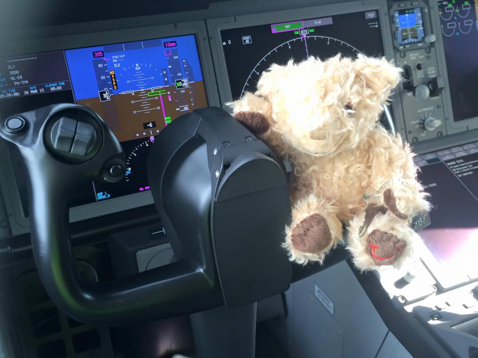 Miles bestuurt de TUI Dreamliner