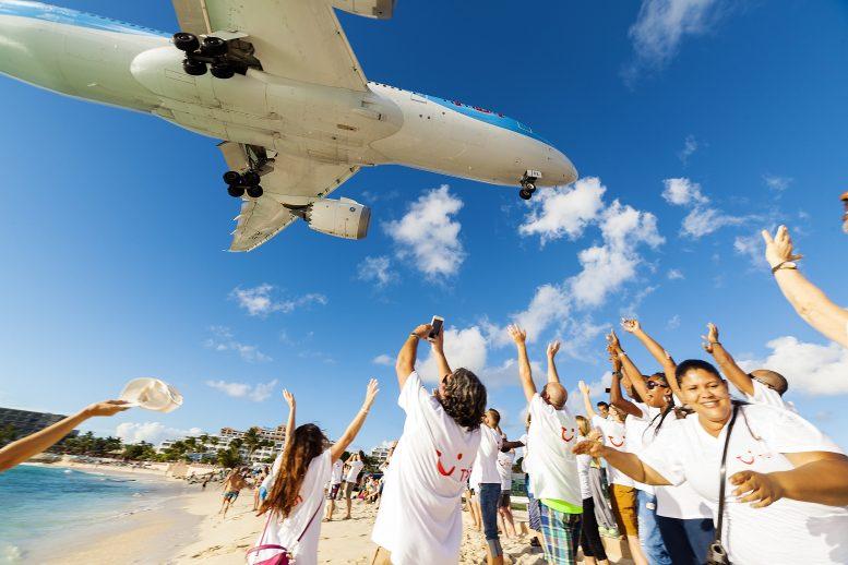 Resultaat Periscope uitzending van de landing TUI Dreamliner op Sint Maarten