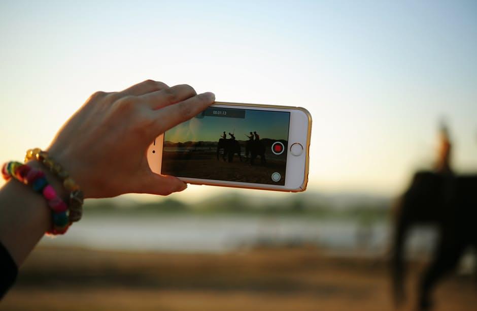 De nieuwjaarsvoornemens van Facebook en de impact op travel: livestream wordt mainstream