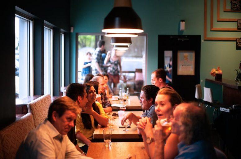 Unitiator: Een app voor venue eigenaren & toeristen, samen werken aan een volle zaak