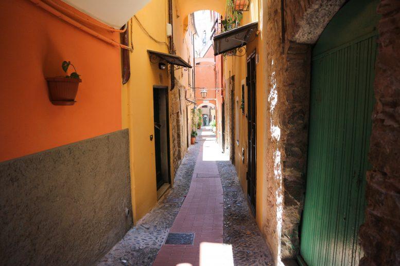 Drie manieren om over-tourism te vermijden (en op te lossen)